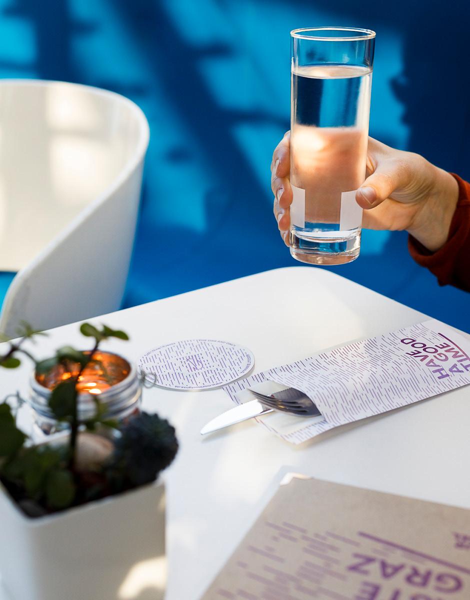 Markenentwicklung Printdesign Besteckhuelle von look design Graz fuer Murinsel