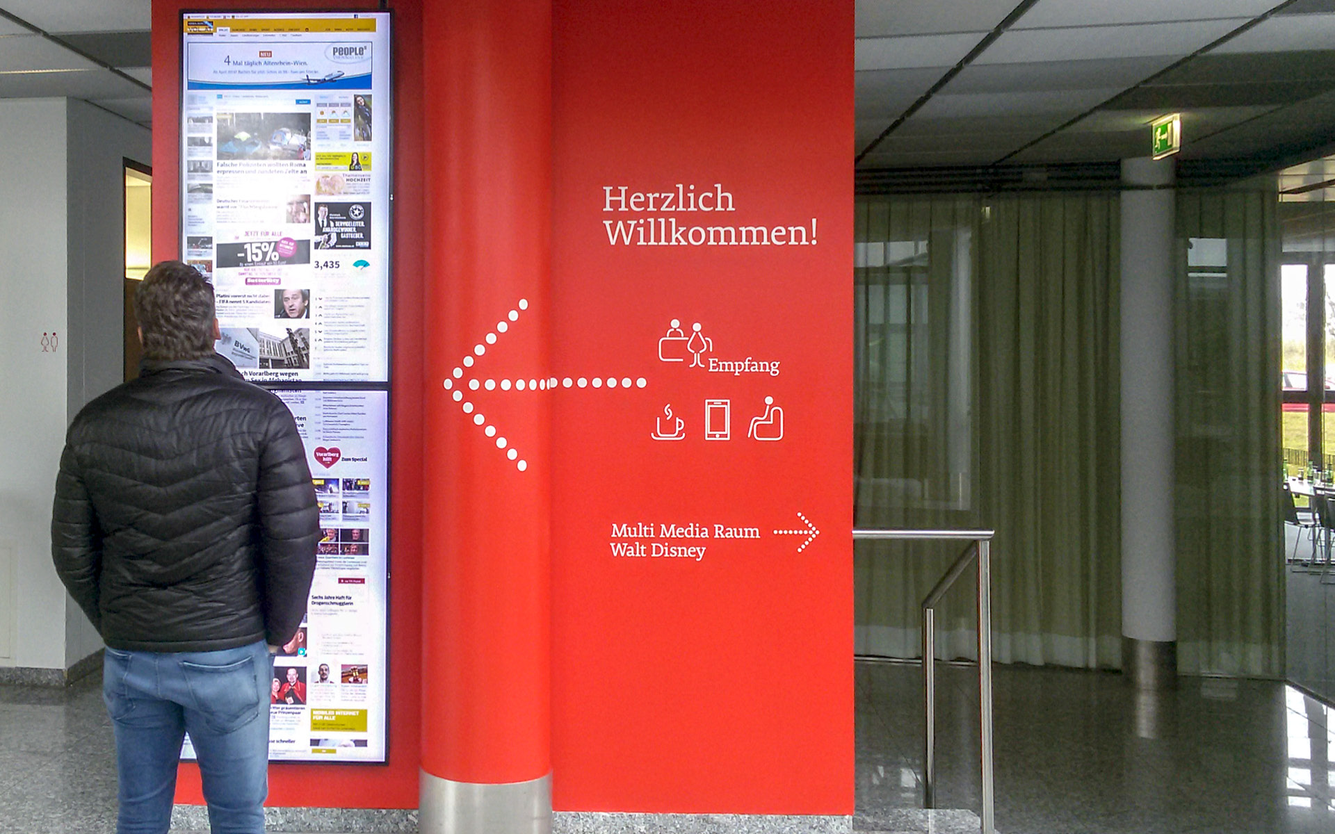 Leitsystem für Russmedia von der Werbeagentur look! design