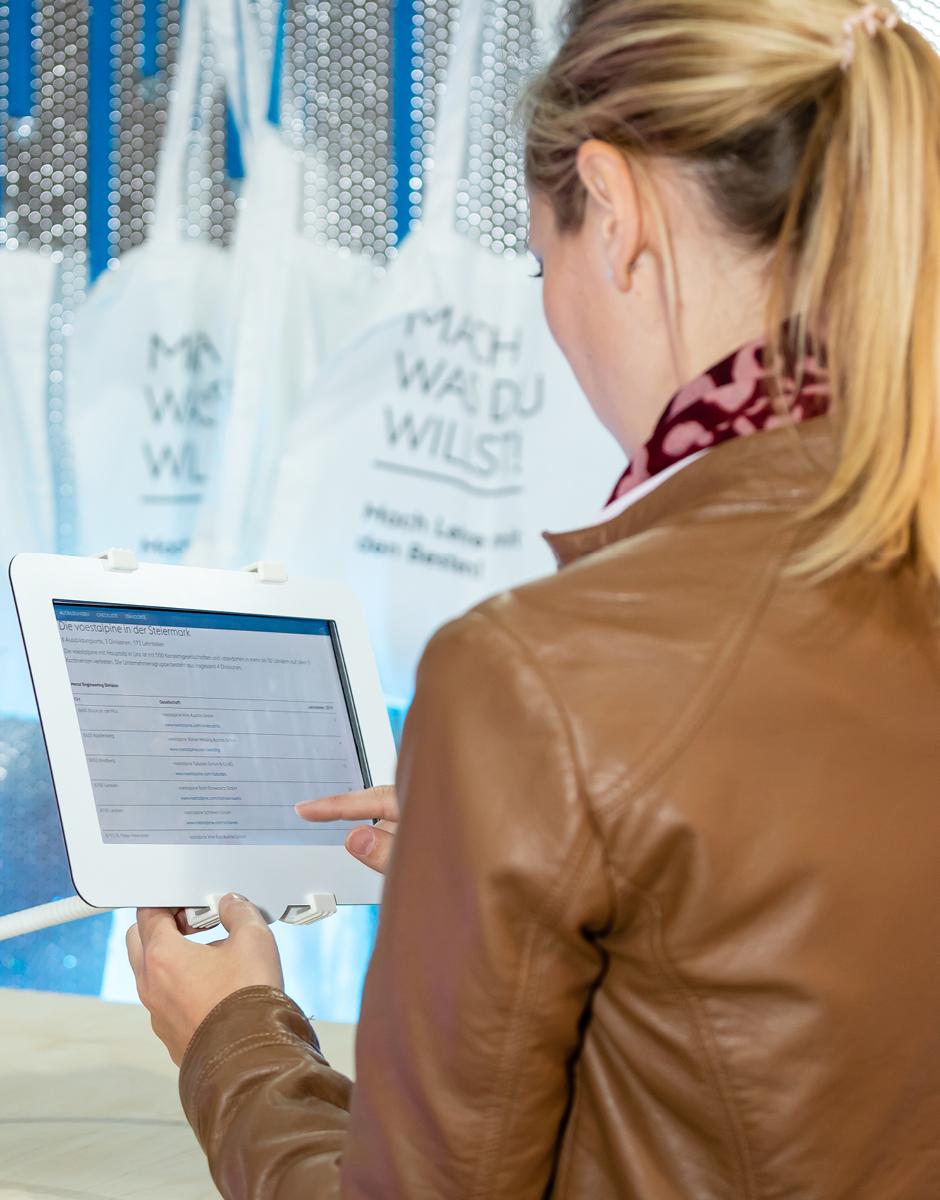Webdesign Messestand Design von Werbeagentur look design für voestalpine