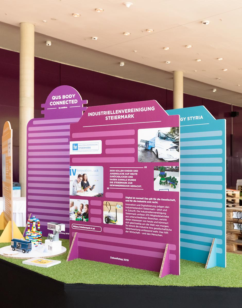 Ausstellungsdesign für den Zukunftstag 2019 von der Werbeagentur look! design